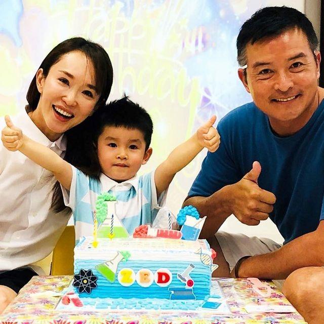 Vợ chồng Lý Minh Thuận - Phạm Văn Phương khoe ảnh gia đình hạnh phúc - 5