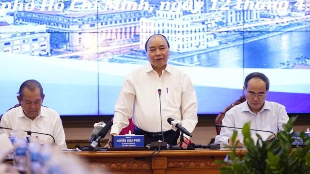 Bộ trưởng GTVT: Không sớm có đường vành đai, giao thông TPHCM sẽ vô cùng hỗn độn - 1