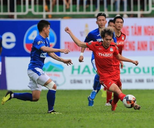 Những tín hiệu trái chiều ở hàng tiền đạo và hậu vệ đội tuyển Việt Nam - 1