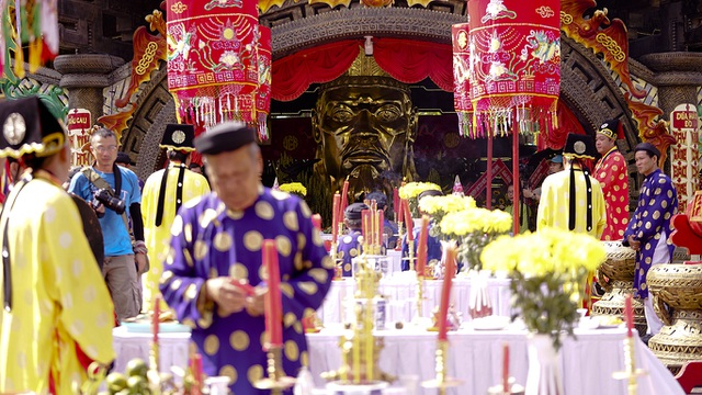 Long trọng lễ rước kiệu Vua Hùng ngày giỗ Tổ - 1