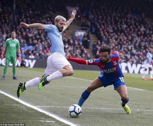 Crystal Palace 1-3 Man City: Cú đúp của Sterling - 2