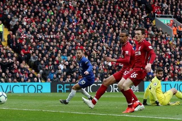 Liverpool 2-0 Chelsea: Hai phút, hai bàn thắng và ngôi đầu bảng - 5