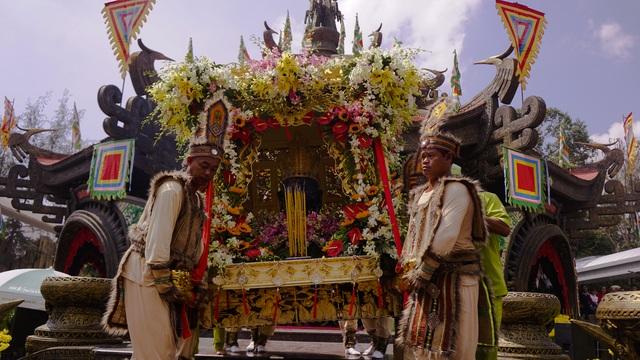 Long trọng lễ rước kiệu Vua Hùng ngày giỗ Tổ - 6