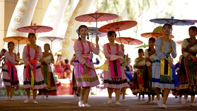 Nam thanh nữ tú các dân tộc hướng về giỗ Tổ Hùng Vương - 6