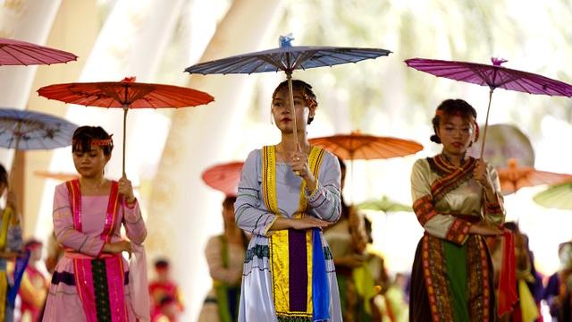 Nam thanh nữ tú các dân tộc hướng về giỗ Tổ Hùng Vương - 7