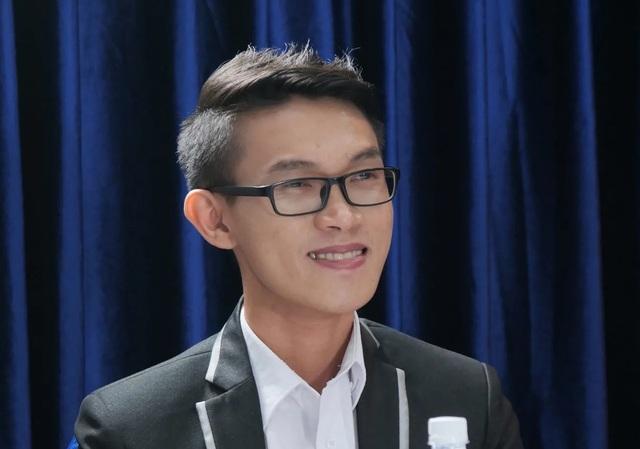 Việt Hương, Hoa hậu Ngọc Hân bật khóc vì chàng thạc sĩ chạy xe ôm bị dè bỉu - 2