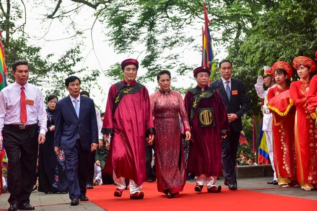 Chủ tịch Quốc hội dâng hương tưởng nhớ các Vua Hùng - 3
