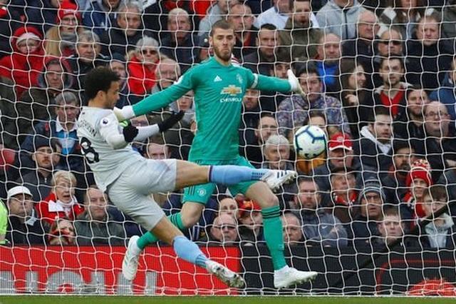 Nhìn lại trận thắng may mắn của Man Utd trước West Ham - 6