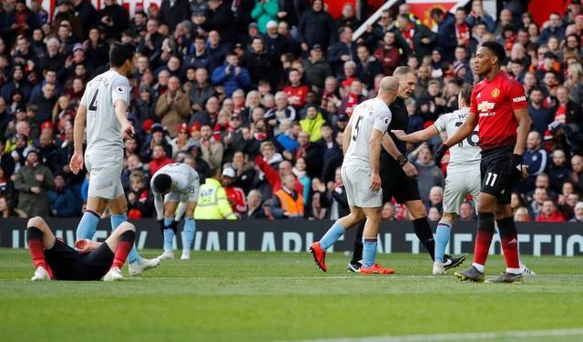 Nhìn lại trận thắng may mắn của Man Utd trước West Ham - 9