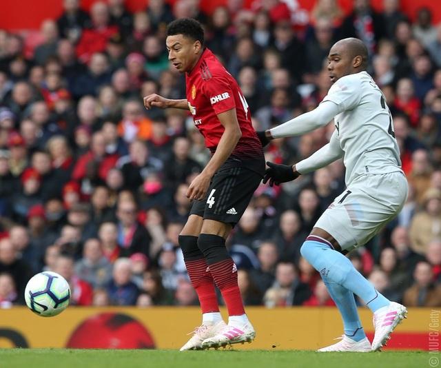 Man Utd 2-1 West Ham: Cú đúp từ chấm 11m của Pogba - 3