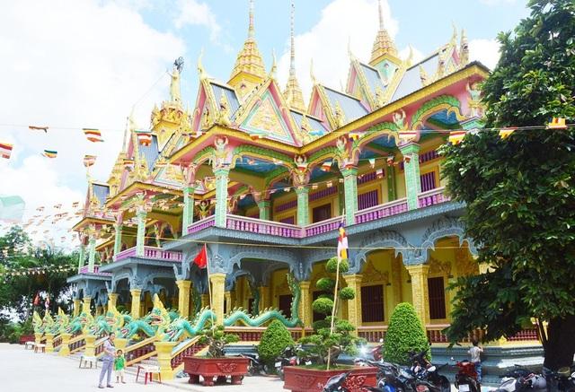 Đồng bào dân tộc Khmer đón Tết cổ truyền Chôl-Chnăm-Thmây - 2