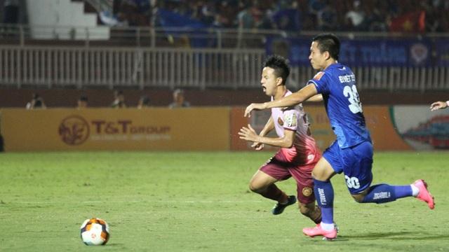 Sài Gòn FC chia điểm với Quảng Nam trên sân nhà - 6