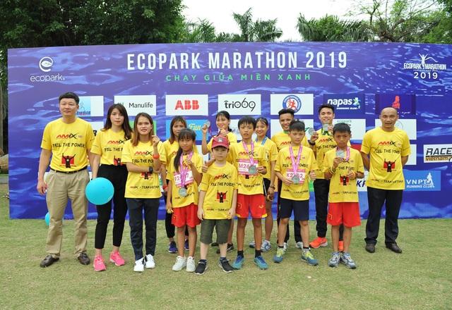 Amix Team Việt Nam tỏa sáng ở giải Ecopark Marathon 2019 - 9