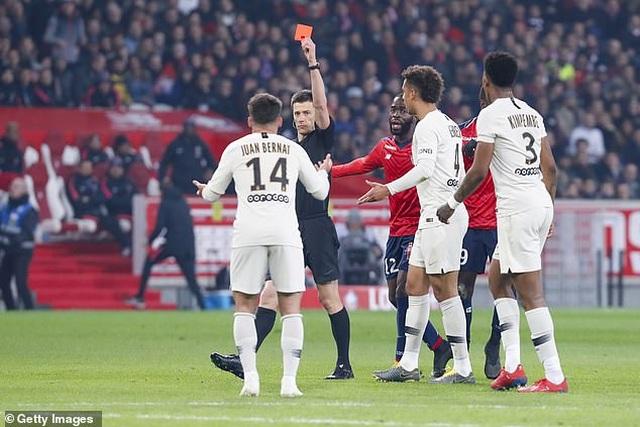 Bất ngờ thua sốc 1-5, PSG lỡ hẹn với ngày đăng quang - 2