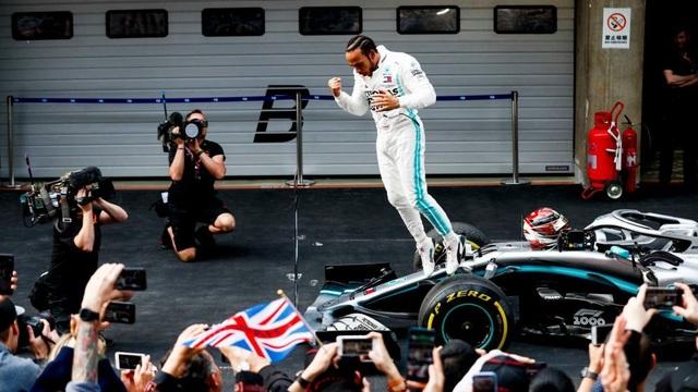 Hamilton thắng thuyết phục tại chặng đua F1 thứ 1000 - 4
