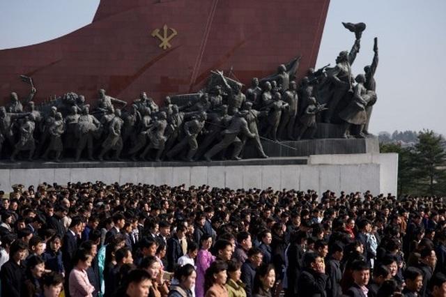 Hàng chục nghìn người Triều Tiên nô nức chào mừng Ngày Ánh Dương - 2