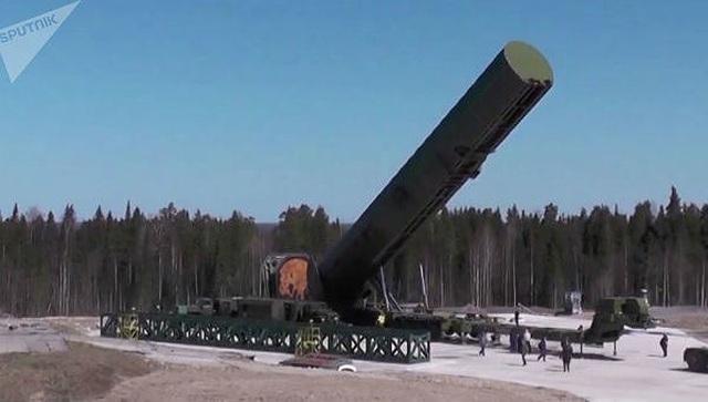 """Chuyên gia Nga nêu sức mạnh tên lửa """"xé nát mọi hệ thống phòng thủ"""" - 1"""