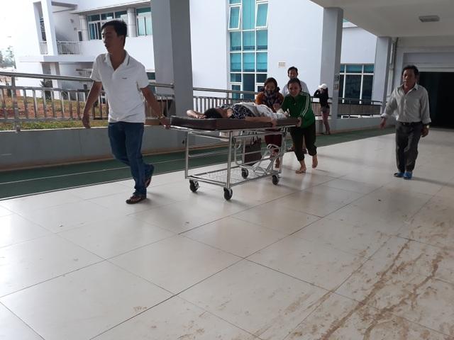 Bệnh viện nghìn tỷ mới đi vào hoạt động đã phải... xin tiền để sửa chữa - 3
