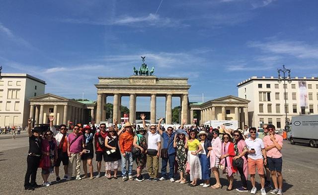 Bí kíp du lịch châu Âu cho người lớn tuổi - 2