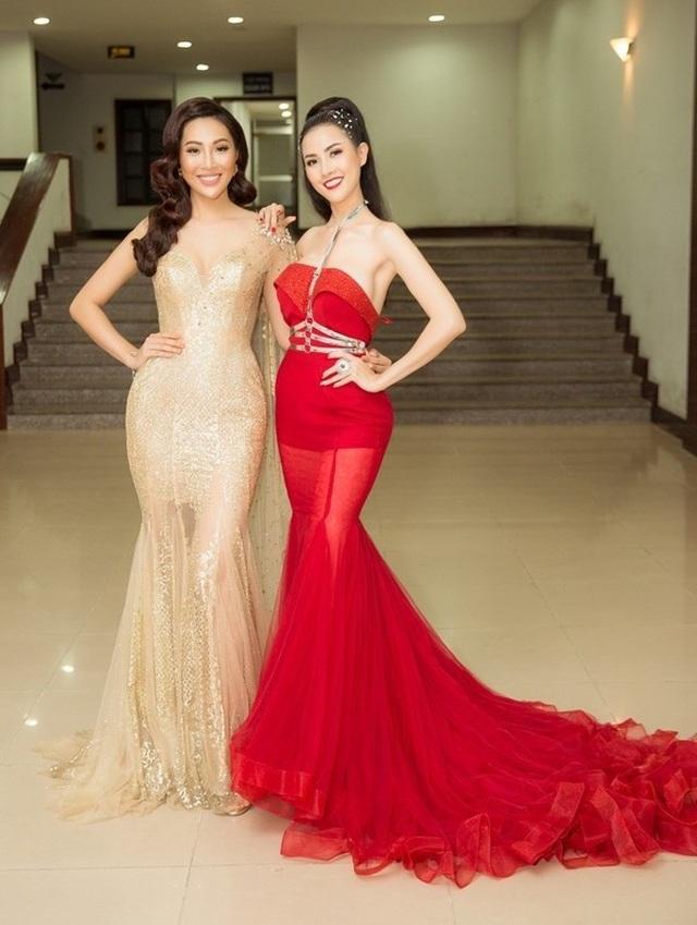 Tiểu Vy diện trang phục hở bạo, Á hậu Thuỳ Dung khoe ảnh bikini - 4
