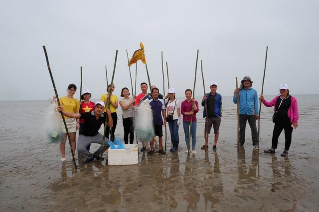 Một ngày làm ngư dân ở đảo Quan Lạn: Một mẻ lưới thu cả chục kg cá - 4