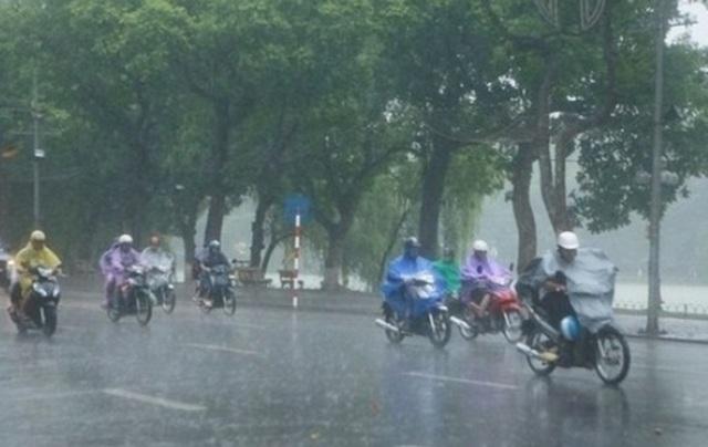 Sau ngày Giỗ Tổ, Hà Nội sáng mưa to, chiều hửng nắng - 1