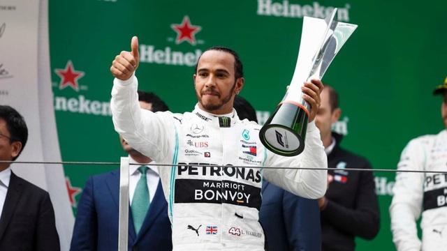 Hamilton thắng thuyết phục tại chặng đua F1 thứ 1000 - 9