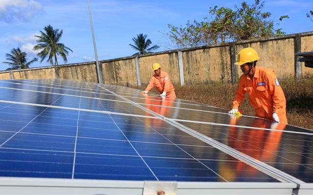 Nhiều giải pháp ứng phó với nhu cầu tiêu thụ điện tăng cao - 2