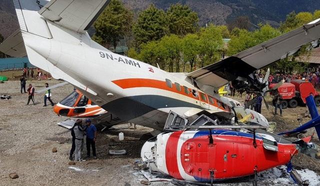 Máy bay đâm phải trực thăng tại sân bay nguy hiểm nhất thế giới gần đỉnh Everest