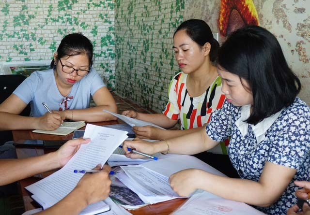 Vụ 9 viên chức giáo dục ở Nghệ An bỗng trở thành dôi dư: Đề xuất 2 phương án giải quyết - 1