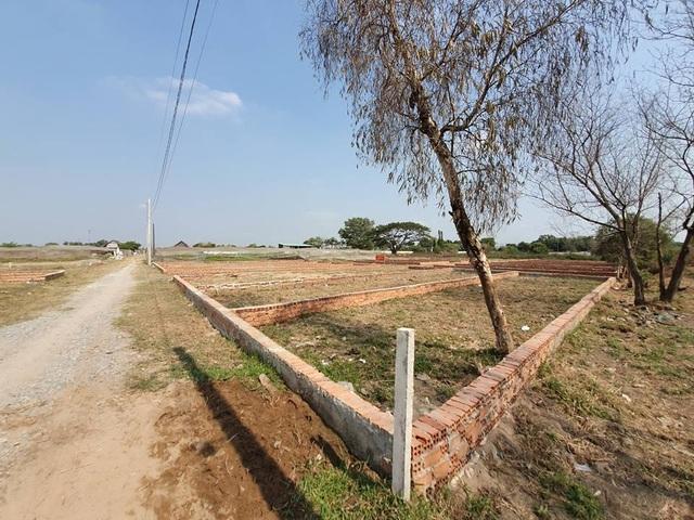 Hàng trăm hecta đất cấm bị xẻ thịt, nhà trái phép mọc... như nấm tại TP.HCM! - 4