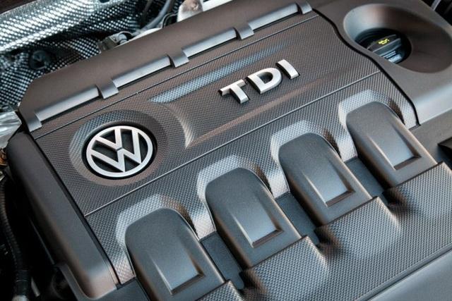 Cựu CEO của Volkswagen có nguy cơ bóc lịch 10 năm vì vụ gian lận khí thải - 2