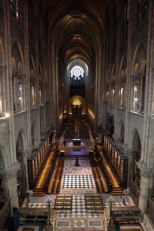 """Nhà thờ Đức Bà: Dấu ấn di sản gần 9 thế kỷ giữa """"trái tim"""" Paris - 4"""