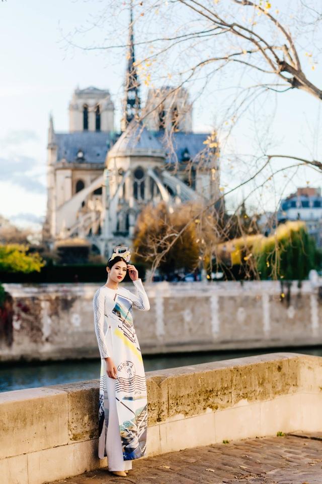Hoa hậu Ngọc Hân, Phí Linh xót xa kể kí ức về Nhà thờ Đức Bà Paris - 1