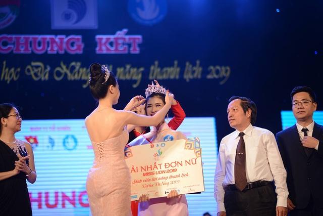 Lộ diện nam thanh nữ tú đăng quang Sinh viên tài năng thanh lịch ĐH Đà Nẵng - 1