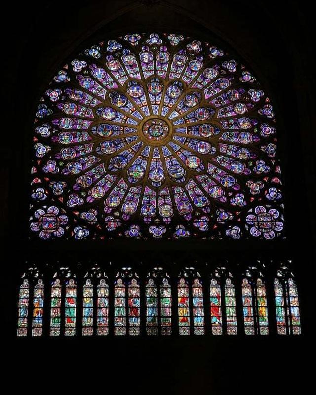 Những hình ảnh đầu tiên bên trong Nhà thờ Đức Bà Paris sau hỏa hoạn dữ dội - 7