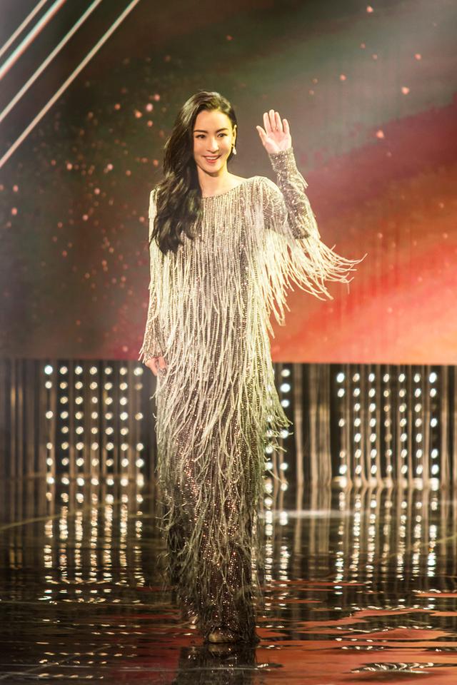 Trương Bá Chi khoe nhan sắc nữ thần sau tin đồn bị ung thư giai đoạn cuối - 1
