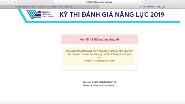 """Cổng đăng ký trực tuyến thi năng lực ĐH Quốc gia TPHCM bị """"treo"""" - 1"""