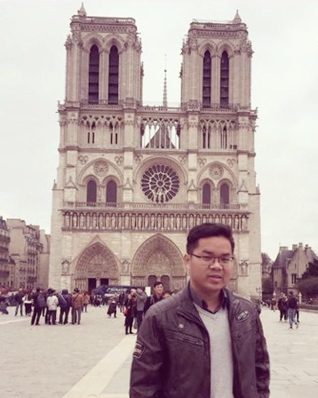 Du học sinh Việt tại Pháp: Bàng hoàng, xót xa khi Nhà thờ Đức Bà Paris bị cháy - 2