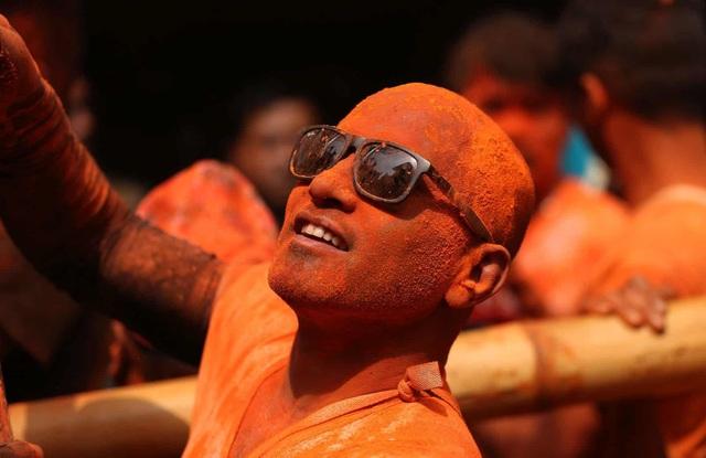 Bình minh đỏ: Lễ hội Sindoor Jatra ở Nepal - Ảnh minh hoạ 8