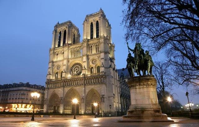 """Lịch sử hơn 850 năm và những con số """"biết nói"""" về nhà thờ Đức Bà Paris - 2"""
