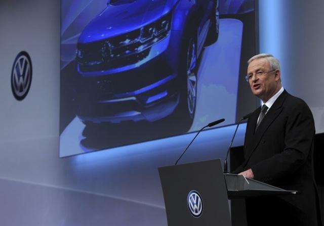 Cựu CEO của Volkswagen có nguy cơ bóc lịch 10 năm vì vụ gian lận khí thải - 1