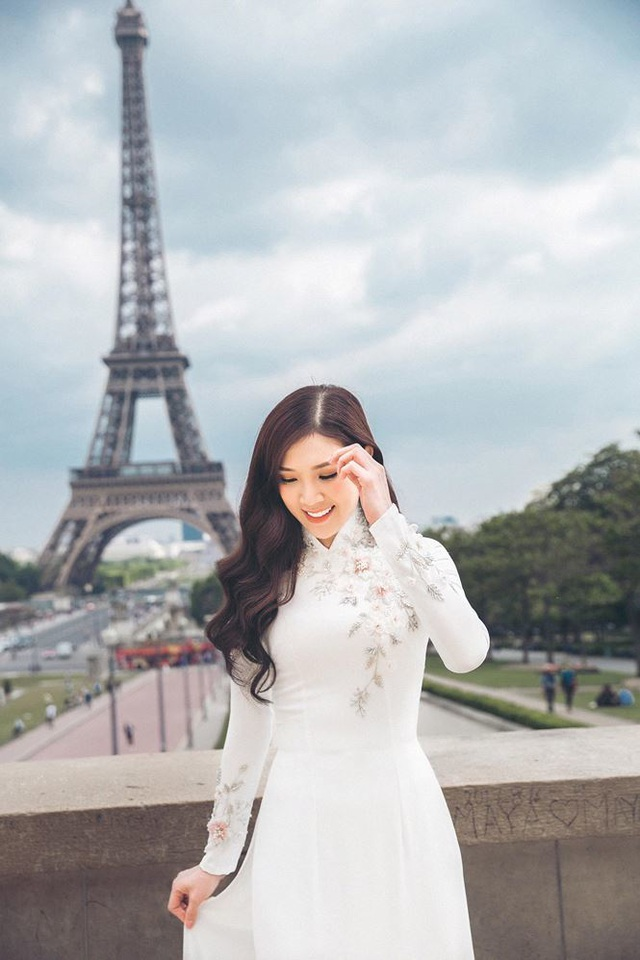 Hoa hậu Ngọc Hân, Phí Linh xót xa kể kí ức về Nhà thờ Đức Bà Paris - 4