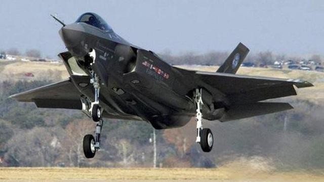 """Mỹ lần đầu đưa """"Tia chớp"""" F-35A tới chảo lửa Trung Đông - 2"""