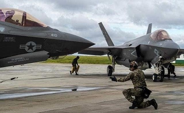 Nhật, Mỹ dốc sức tìm máy bay bị rơi, bảo vệ bí mật vô song - 1
