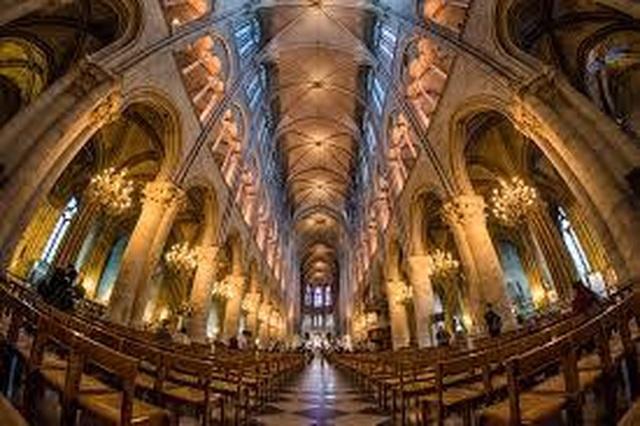 Vẻ đẹp tráng lệ của Nhà thờ Đức Bà Paris trước khi bị nhấn chìm trong biển lửa - 5
