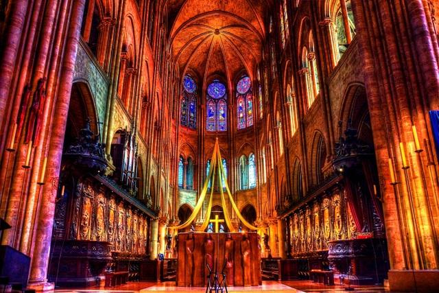 Vẻ đẹp tráng lệ của Nhà thờ Đức Bà Paris trước khi bị nhấn chìm trong biển lửa - 7