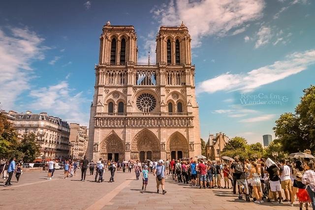 Vẻ đẹp tráng lệ của Nhà thờ Đức Bà Paris trước khi bị nhấn chìm trong biển lửa - 10