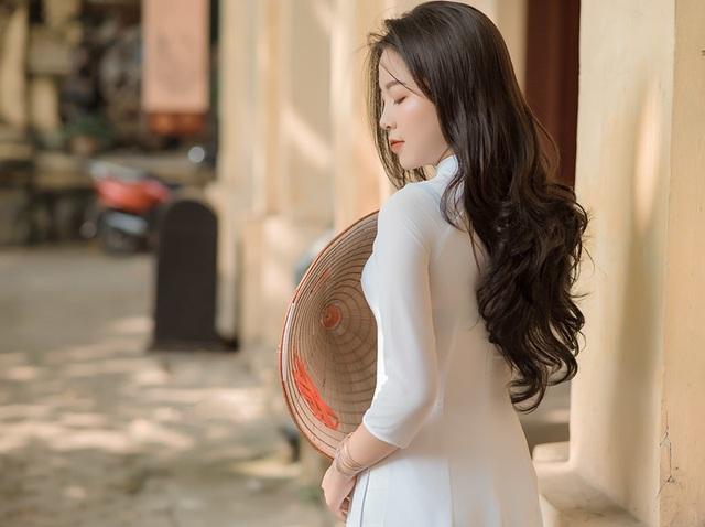 Thiếu nữ xứ Thanh diện áo dài trắng khiến cánh mày râu ngẩn ngơ - 4