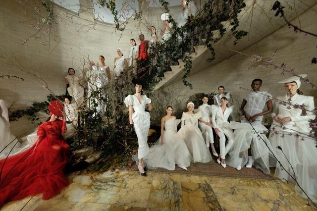 PHUONG MY với show diễn đầy cảm xúc tại New York Fashion Week Bridal - 1